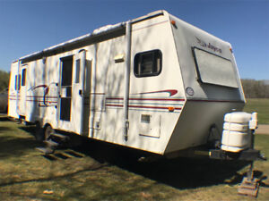 HOLIDAY TRAILER READY FOR SUMMER!!