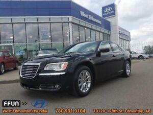 2014 Chrysler 300 TOURING  Leather Heated Seats, Rear Camera, Si