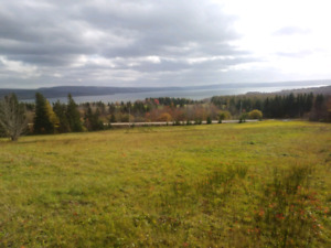 Beautiful property overlooking lake Ainslie and near Inverness