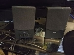 HP USB SPEAKERS - GREAT CONDITION