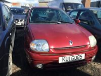 2000 Renault Clio, 1.2 petrol, breaking for parts only, postage nationwide.