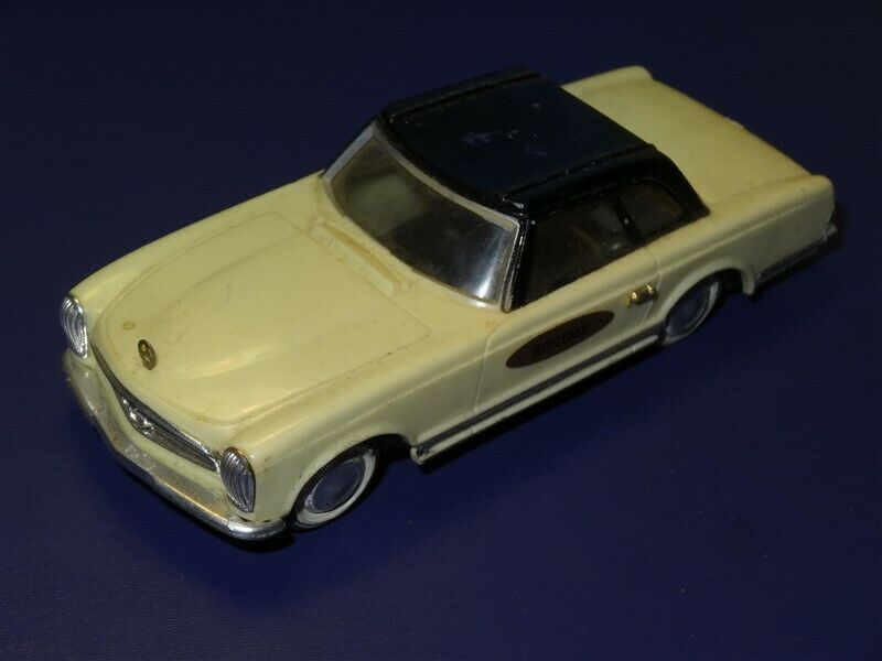 Vintage 1960s Ideal Mercedes 230SL Motorific Racerific Series Slot Car