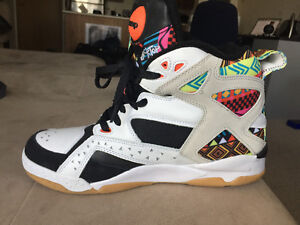 Reebok Pumps Blacktop Battleground Aztec print size 11 Rare