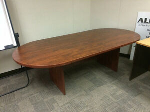 Board room table, great condition.