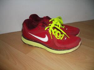 """ NIKE "" -- sneakers / runners -- size  9 -9.5 US lady / 41 EU"