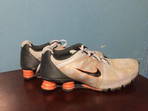 Rare Nike Air Shox / Size 13/ Like New