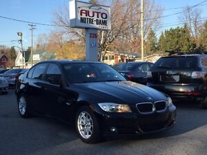 BMW 3 Series 323i TOIT OUVRANT CUIR MAGS AUTO 2011