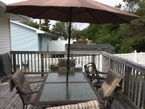 Patio Set - free delivery in Cole harbour