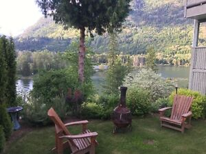 Riverside Suite in Castlegar Available By The Day or Week