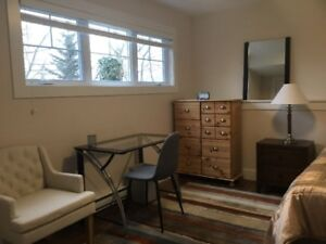 Furniture  room  for  rent. MSVU  area