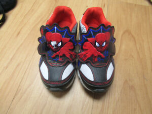 Spiderman Light up runners Size 8.5
