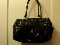 Beautiful Shinny Black Purse For Women For sale
