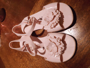 Sandales rose taille 11