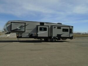 2019 Coachmen RV Chaparral 392MBL