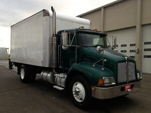 2008 International CF500 / 07 Kenworth , HYD Brakes Cambridge Kitchener Area image 2