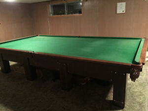 Brunswick Antique Snooker/Pool Table