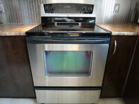 Four stainless Whirlpool Stainless oven