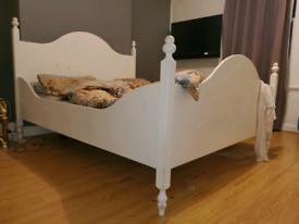 3 pieces Bedroom furniture