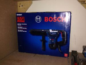 Bosch DH507 10 Amp SDS-max® Corded Demolition Hammer w/ Chisel