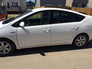 2009 Toyota Prius Hybrid $4300