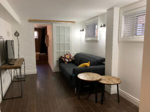 Furnished 1 Bed Apartment 5 min Walk From High Park & Subway