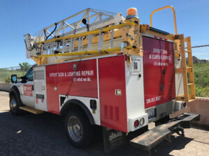 Bucket Truck with Telelift boom 35ft, great running condition