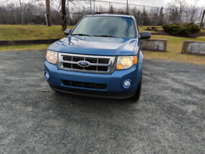 2009 Ford Escape V6 4x4 $4000 OBO