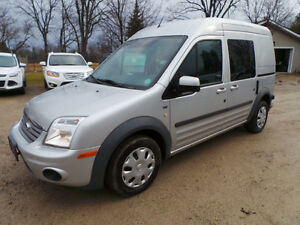2012 FORD TRANSIT CONNECT XLT, ~ LOW KMS ~, PASSENGER/CARGO