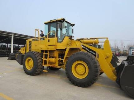 Champion CL170TC Loader/Tool Carrier