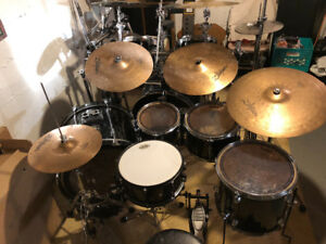 Custom Pearl Target drums (5 Piece set with cymbals and hardware