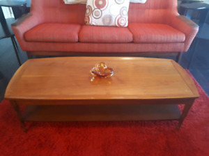 Mid-Century Deilcraft coffee table