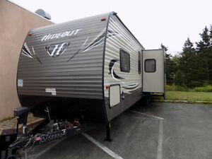 2016 Trailer Hideout By Keystone 32 ft $ 18,900.00 Call 727-5344