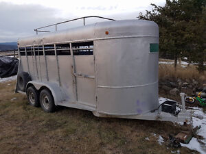 4 horse stock trailer for sale or part trade new price $3800