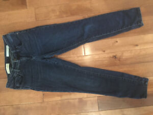 Anthropologie Blue Jeans - Size 28