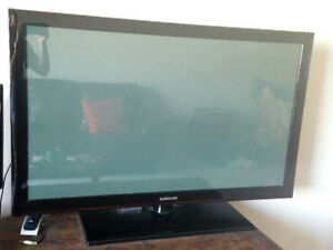 "42"" Flat Screen Samsung TV"
