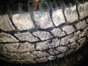 4 Winter Tires 275/65R18