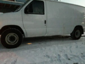 2007 e150 ford work van
