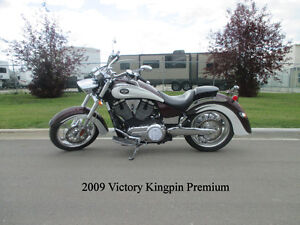 2009 Victory Kingpin Premium - MINT & ONLY 2100 KM!!