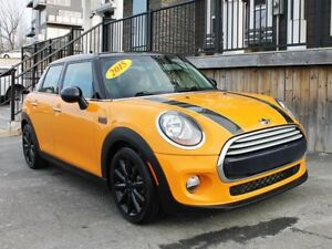 2015 MINI Cooper Hatchback / 1.5L I3 / 6spd / FWD **Awesome!**
