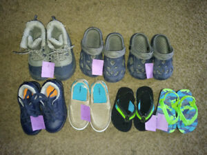 Boys toddler shoes! Good condition!