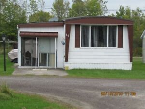 Mobile Home Beautful Thamesville Large Lot