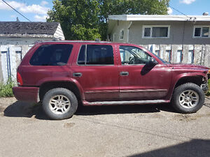 2003 Dodge Durango SUV, Crossover bent frame, great tires!