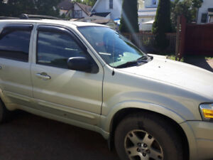 2005 Ford Escape fully ioaded