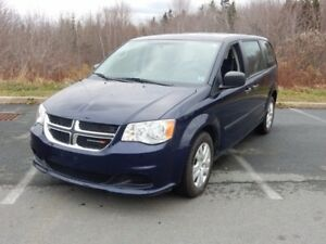 2015 Dodge GRAND CARAVAN SE PLUS!  3RD ROW STOW!!