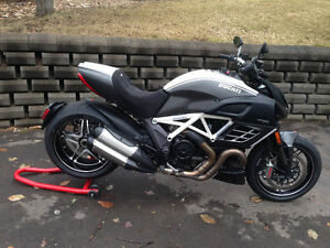 Ultra-rare 2013 Ducati Diavel AMG Special Edition