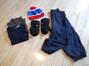 Lot de vêtements pour garçon - 4T
