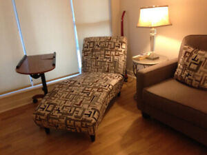 Chaise Lounge in Excellent Condition!