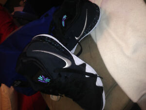 Kyrie 4's size 12