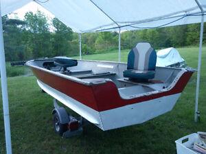 14' Aluminum Lund Boat & 25HP Motor