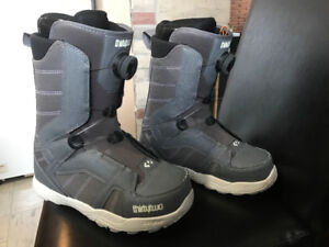 Men's size 9 , Thirty Two STW Boa Snowboard boots